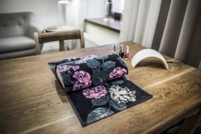Stanowisko do manicure - Jak Jedwab Kosmetyka and Wellness Łódź